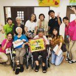 タイラマサコさんと仲間たちと金曜日のラジオカーレポーター前堂ニイナ
